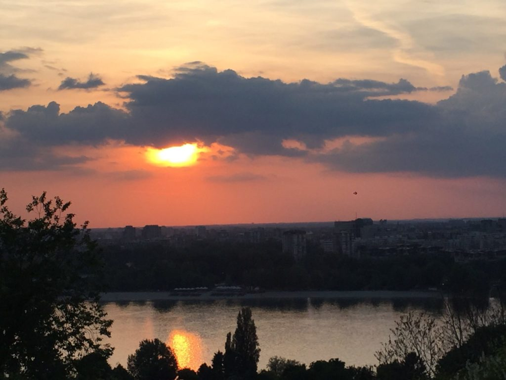 Leto u Novom Sadu zalazak sunca